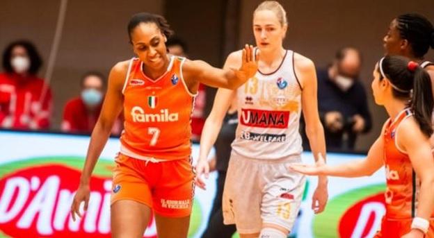 Basket - Famila Schio batte Reyer Venezia: si va a gara-4