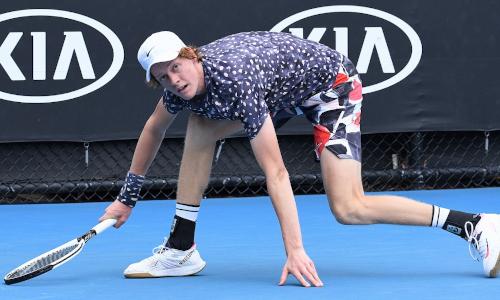 Tennis, Sinner al 2° turno a Marsiglia