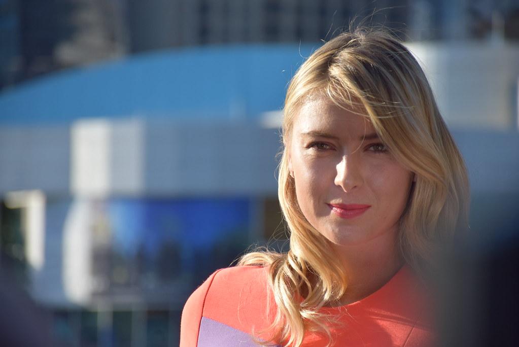 Il 'regalo' di Maria Sharapova ai follower